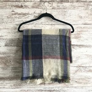 NWOT - Blanket Scarf